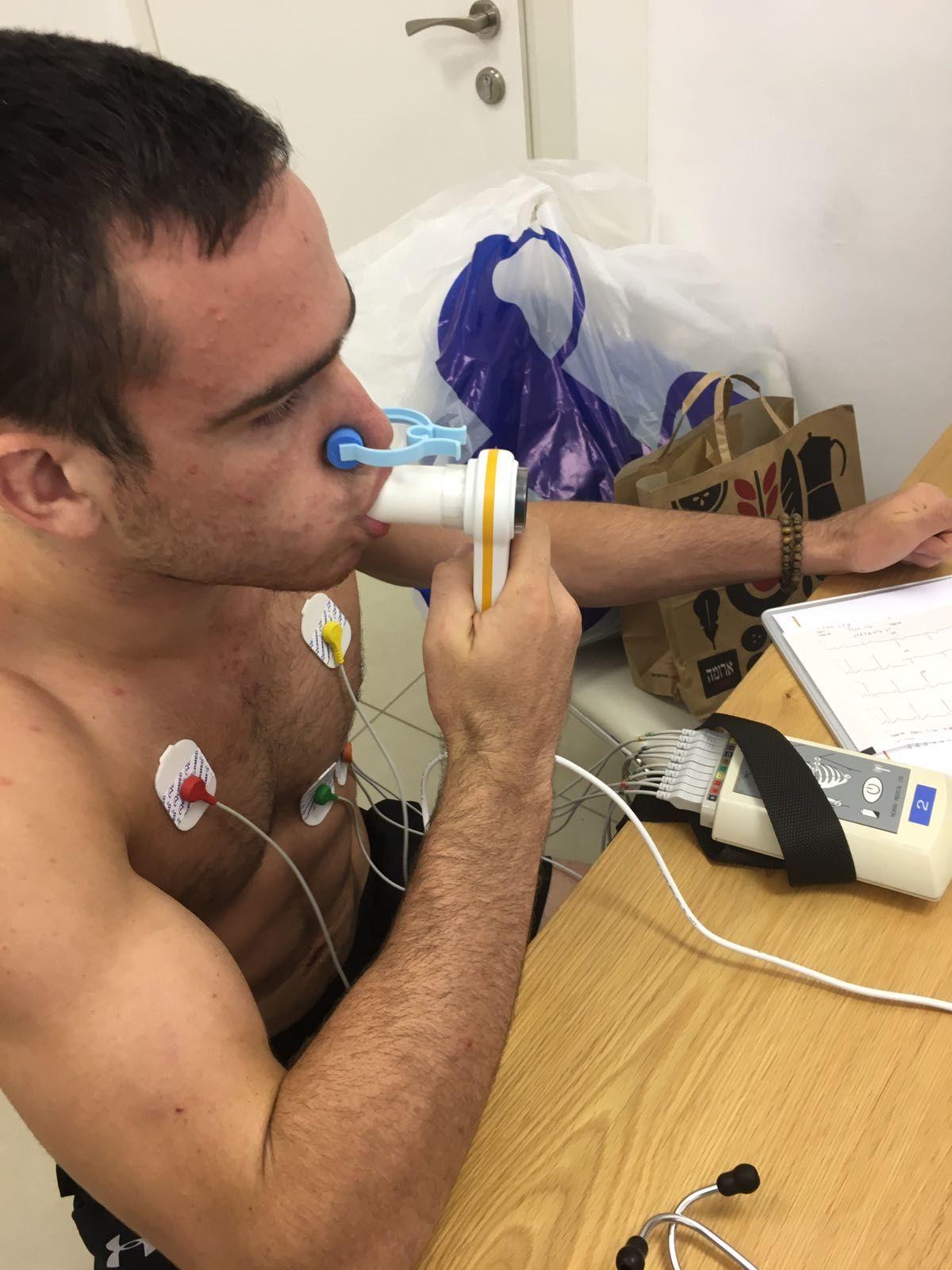 בדיקת תפקודי נשימה במאמץ